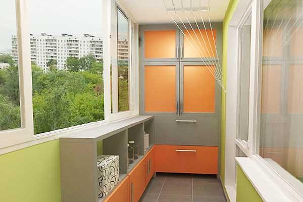 Шкафы-купе на балкон.